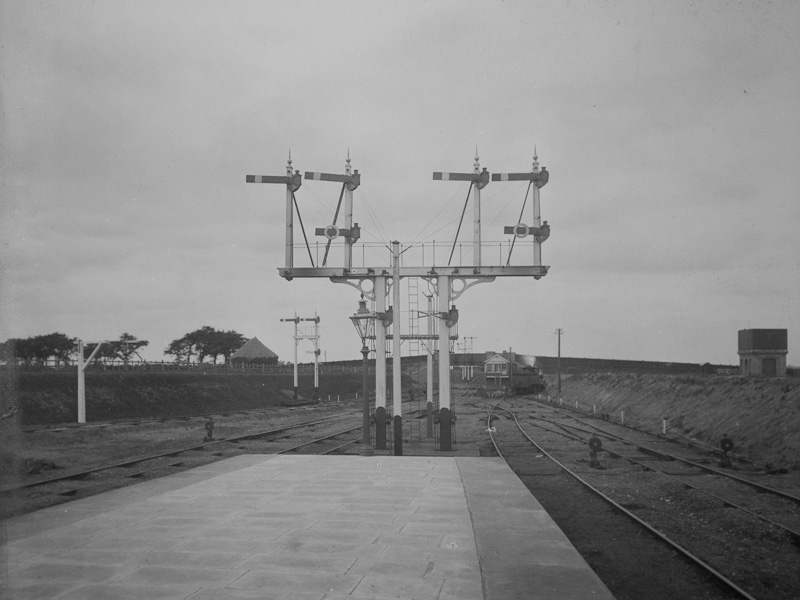 Felixstowe Cabin Starting Signals
