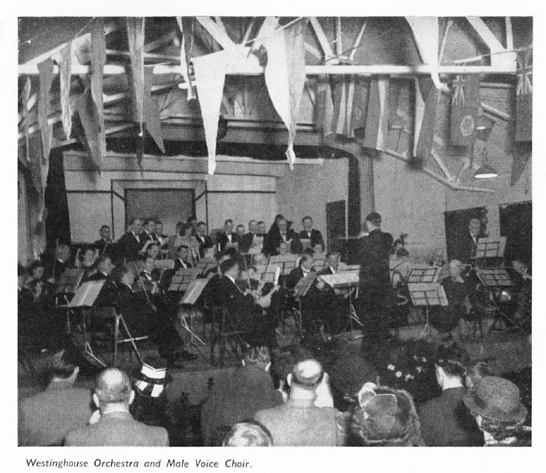 141128-1949-wes-orchestra-and-male-voice-choir